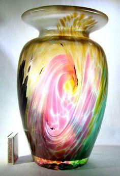 große schwere Design Glas Vase, irisiert,signiert 27cm-2,8kg