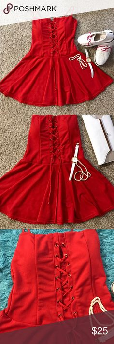 Red Hot padded dress !❤️ Red hot padded dress with a side zipper . Stretchable with elastic on the back and adjustable strings on the front . Size S. 🌸 Dresses