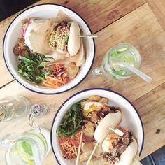 Korean burger @azzed #bao #baomania #koreanfood #saamparis #saam #lefooding #yumyum #burger #asianfood #bulgoki #tofu #raviolis by amandinerevolvr