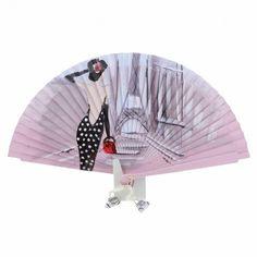 Abanico vintage en madera rosa con escena de dama vestida de lunares mirando a la torre Eiffel. Pintado a mano por un artesano valenciano y firmado. Detalle de pequeños abalorios colgando
