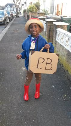 WBD Your wonderful World Book Day costumes in pictures Literary Costumes, Book Costumes, World Book Day Costumes, Book Week Costume, Dress Up Costumes, Costume Ideas, Book Characters Dress Up, Character Dress Up, Book Character Costumes