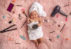 Monthly Baby Photos, Cute Baby Photos, Newborn Baby Photos, Baby Poses, Baby Girl Newborn, Baby Baby, Newborn Girl Pictures, Cute Baby Girl Pictures, Baby Girls