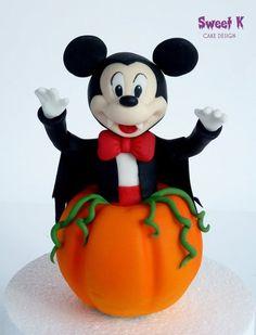 Happy Halloween!!! Cake by Karla (Sweet K)
