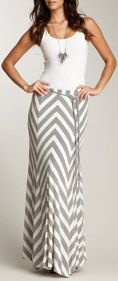 Chevron maxi skirt // love. want.