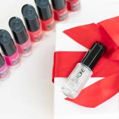 Oriflame Cosmetics, Lipstick, Faith, Beauty, Lipsticks, Loyalty, Beauty Illustration, Believe, Religion