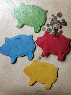Felt pig coin purses