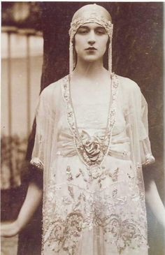 Lucile design. Lucile was noted for (among many other things) theatrical designs, and creatured costumes for the stage (e.g. the Ziegfeld Follies) and early cinema.