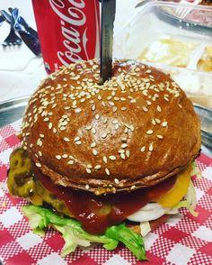 Best burger ever in like ever #australia #aussie #burger #pipinghotchickenshop #pipinghotchickenandburgergrill #hamburger #oceangrove #coast #food #foodporn #bestburgerever #collendina #bellarine #bellarinepeninsula #chillin by therealmobbsy http://ift.tt/1JO3Y6G