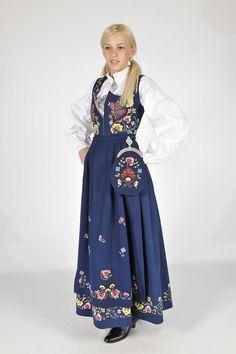 Lesja, Gudbrandsdal bunad Folk Costume, Costumes, Norway, Victorian, Traditional, Beauty, Dresses, Fashion, Victorian Dresses