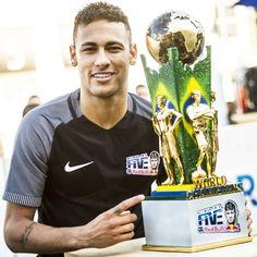 Neymar Jr's Five returns in 2017 Neymar Jr, Iphone Wallpaper Sports, Neymar Brazil, Leonel Messi, Football Tournament, Football Love, Best Player, Fc Barcelona, Football Players