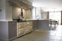 We love this luxury bespoke kitchen in Harpenden, Hertfordshire. Aga Kitchen, Open Plan Kitchen, Kitchen Tiles, Country Kitchen, Kitchen Cooker, Kitchen Units, Bespoke Kitchens, Luxury Kitchens, Cool Kitchens