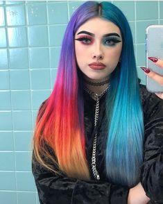 __ᴳᴼᴼᴰᴮᵞᴱ ˢᴬᴺᴵᵀᵞ__ # ᴹᴼᴼᴰ # ᴵᴰᴷ # ᴶᴱˢᵁˢ # ᴵ # ᴺᴱᴱᴰ # ᴴᴵᴹ - Colorful Hair Medium Styles Hair Color Blue, Cool Hair Color, Green Hair, Hair Colors, Dreads, Hair Inspo, Hair Inspiration, Pelo Multicolor, Split Dyed Hair