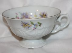 Rose Foral Tea Cup Made In England - Pattern: Rose Crest by Walbrzych [WLBROC] #Wallbrzych