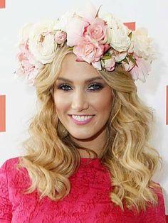 Pixie Lott copies Lana Del Rey's rose crown - now