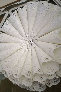 paper crafts for holiday: paper doily wreath tutorial the other day i wrote about finding a bunch of paper doilies at the thrift store. i have some plans for a Paper Doily Crafts, Doilies Crafts, Paper Doilies, Handmade Home, Handmade Crafts, Decor Crafts, Home Crafts, Diy Crafts, Geek Crafts