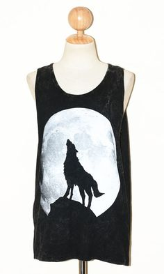 WOLF and the MOON Women Top Clothing Bleached Black Sleeveless Singlet Indie Art Women Animal T-Shirt Size L