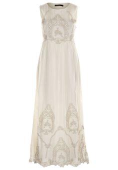 daughty night / registry dress?