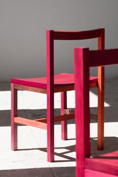 Moisés Hernández colours hot pink Grana chairs using crushed-up insects. Textile Dyeing, Traditional Paint, Moise, Mexican Designs, Light And Space, Industrial Furniture, Industrial Design, Home Accessories, Hot Pink