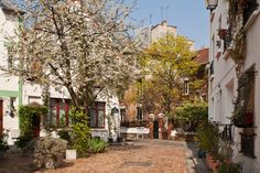 The Floral City is a residential area located in the 13th arrondissement of Paris.