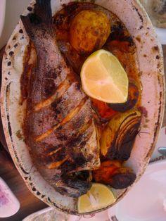 هذا كان غدائي سمك طازج من بحر يافا في مطعم ابو العافيه الشهير في يافا وعمر والمطعم مؤسس من الثلاثينات MY LUNCH FRESH FISH FROM ABO ALAFIEH REST. WHICH EST 1930 YAFA PALESTINE