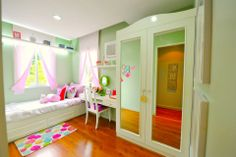Try this adorable pink and green ensemble for your daughter's bedroom. She'll be ecstatic! Your hands will be full of her friends coming for sleepovers, movie marathons, and make up parties! Movie Marathon, Marathons, Big Houses, Elegant Homes, Inspired Homes, Sleepover, Home Builders, Pink And Green, Toddler Bed