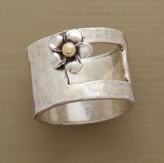 love....want........sterling please.....little pearl in flower please..........  xoxo  ck