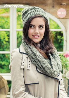 Crochet Cowl and Hat in Deramores Vintage Chunky (2007) | Deramores
