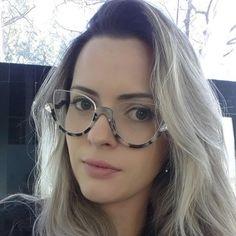 Cheap designer sun glasses, Buy Quality sun glasses directly from China half frame Suppliers: JIE.B Cat Eyewear Women Sunglasses Designer Vintage Lens Sun Glasses Oculos De Sol Feminino Gafas Half Frame Round Lens Sunglasses, Cute Sunglasses, Sunglasses Women, Vintage Sunglasses, Polarized Sunglasses, Oakley Sunglasses, Fashion Eye Glasses, Cat Eye Glasses, Half Frame Glasses