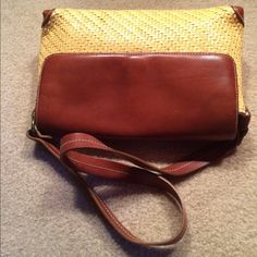 Yellow & Brown Fossil Handbag Excellent Condition. Leather Trim. Measures about 12 inches across Fossil Bags Shoulder Bags