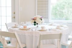 Photography: Morning Light by Michelle Landreau - www.mlbyml.com  Read More: http://www.stylemepretty.com/2013/11/20/vintage-english-garden-wedding-from-morning-light-by-michelle-landreau/