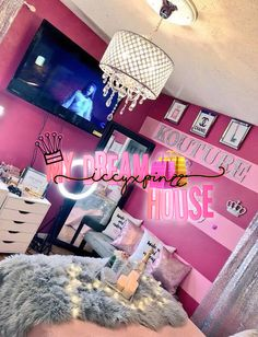 Teen Girl Bedrooms sweet idea - An exiciting yet powerful pool of notes. Sectioned at diy teen girl room colour , nicely shared on this perfect moment 20190114 Cute Bedroom Ideas, Cute Room Decor, Room Ideas Bedroom, Bedroom Decor, Bedroom Sets, Bedroom Design 2017, Glam Room, Room Goals, Teen Girl Bedrooms