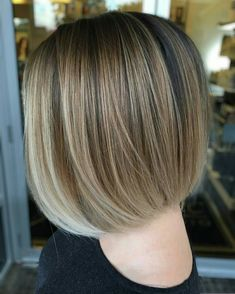 Bob Hairstyles, Straight Hairstyles, Corte Bob, Colored Highlights, Long Bob, Cut And Style, Hair Dos, Hair Inspo, Short Hair Styles