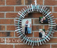 Doodlecraft: Upcycled Embroidery hoop and clothespin photo wreath! Cute idea for a Christmas card holder. Upcycled Crafts, Clothespin Picture Frames, Fun Crafts, Crafts For Kids, Simple Crafts, Adult Crafts, Summer Crafts, Simple Diy, Holiday Crafts