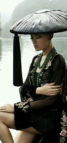 Fashion ~ Editorial Photos ✦ Fashion Photography ✦ from my board… Oriental Fashion, Asian Fashion, Geisha, Asian Woman, Asian Girl, Madonna, Hats For Women, Clothes For Women, Fedora Hat Women