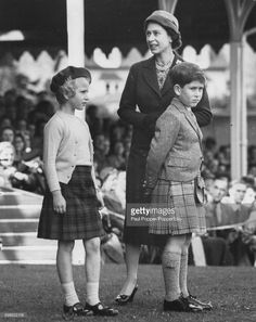 Queen Elizabeth II and her children, Princess Anne and Prince Charles, wait together for the next event in the Braemar Highland Games, Scotland, September Young Queen Elizabeth, Elizabeth Philip, Princess Anne, Princess Margaret, Lady Diana Spencer, Prince Phillip, Prince Charles, Lady Ann, Princess Kate Middleton