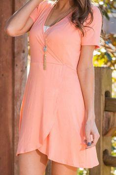 Plain V-Neck Short Sleeves Tulip Dress