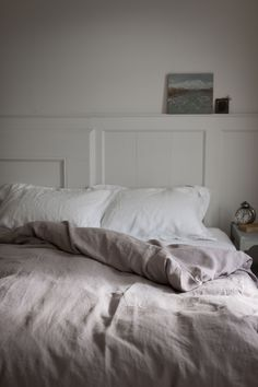 Linen Bedding // Muted Neutral Colors // White Walls // Bedroom Decor // The…
