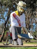 The Big Gold Panner, Bathurst, NSW, Australia