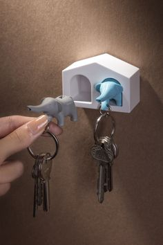 Duo Elephant Key Ring $22.90
