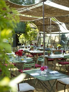 Lunch at Petersham Nurseries -- the best half day out of London