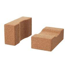 HJÄRTELIG イェルテリグ ヨガブロック IKEA ヨガブロックは、ヨガの正しいポーズをサポートしてくれる補助具です コルクは耐久性に優れた、環境に優しい素材。適度な重みがあるので安定感があり、床にも体にも優しい素材です コルクは天然素材なので、見た目が一つひとつ異なります