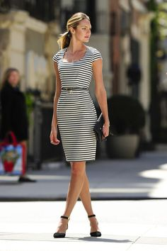 Candice Swanepoel Photos: Candice Swanepoel Poses for a Photo Shoot in NYC 4