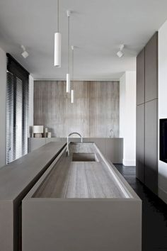 Kitchen Lighting - Contemporary kitchen renovation can be done in basic design elements. Functional and decorative aspects in the kitchen can be the starting points. Contemporary Kitchen Renovation, Modern Kitchen Interiors, Contemporary Interior Design, Modern Kitchen Design, Interior Design Kitchen, Modern Contemporary, Contemporary Kitchens, Minimal Kitchen, Interior Modern