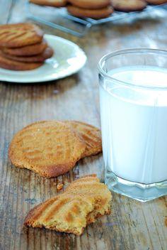 Estas galletas son ricas, fáciles de hacer y deliciosas sobre todo si las acompañas de un buen vaso de leche.