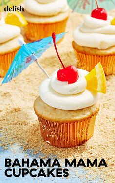 Almond Joy Cupcakes, Fruity Cupcakes, Summer Cupcakes, Baking Cupcakes, Cupcake Recipes, Cupcake Cakes, Dessert Recipes, Cupcake Ideas, Alcoholic Cupcakes