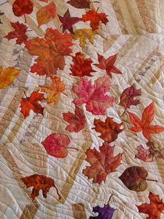 Autumn Leaves    Pieced by Pat Collins. Quilted by Jessica's Quilting Studio
