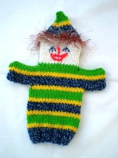 Musings of the Puppet Lady: Clown puppet knitting pattern Puppet Patterns, Knitting Patterns, Crochet Patterns, Knitting Wool, Double Knitting, Mermaid Purse, Glove Puppets, Operation Christmas Child, Christmas Stocking Stuffers
