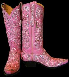 ...can't afford these, but this year, I'm definitely going to be brave enough to get pink boots...