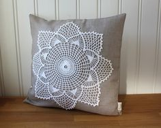 As I mentioned earlier this week, I've recently learned how to crochet. Crochet Pillows, Crochet Cushion Cover, Patchwork Cushion, Crochet Tablecloth, Diy Pillows, Throw Pillows, Crochet Lace Edging, Crochet Mandala, Crochet Doilies