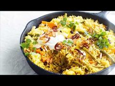 In this recipe, we have shown process to make quick Vegetable Biryani. This Veg Biryani takes less time. This Biryani recipe by Indian Spicy Food Recipes can be made with ingredients which are best for vegetarian biryani lovers Vegetable Biryani Recipe, Veg Biryani, Vegetable Recipes, Vegetarian Recipes, Vegetarian Curry, Savoury Recipes, Easy Family Meals, One Pot Meals, Main Meals